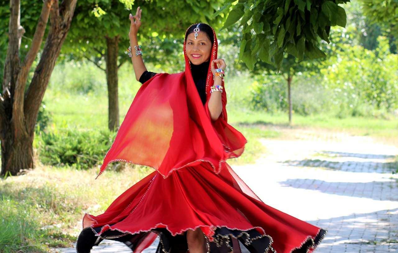 famous DANCES of India
