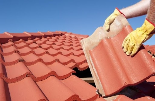 Problems that Can Arise After DIY Repairs on Your Roof